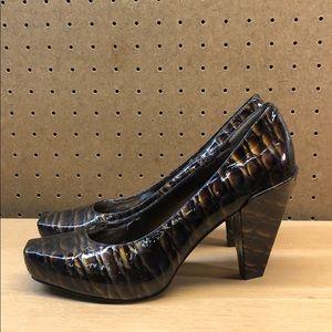 Vince Camuto Noga Leather Block Heels sz 8
